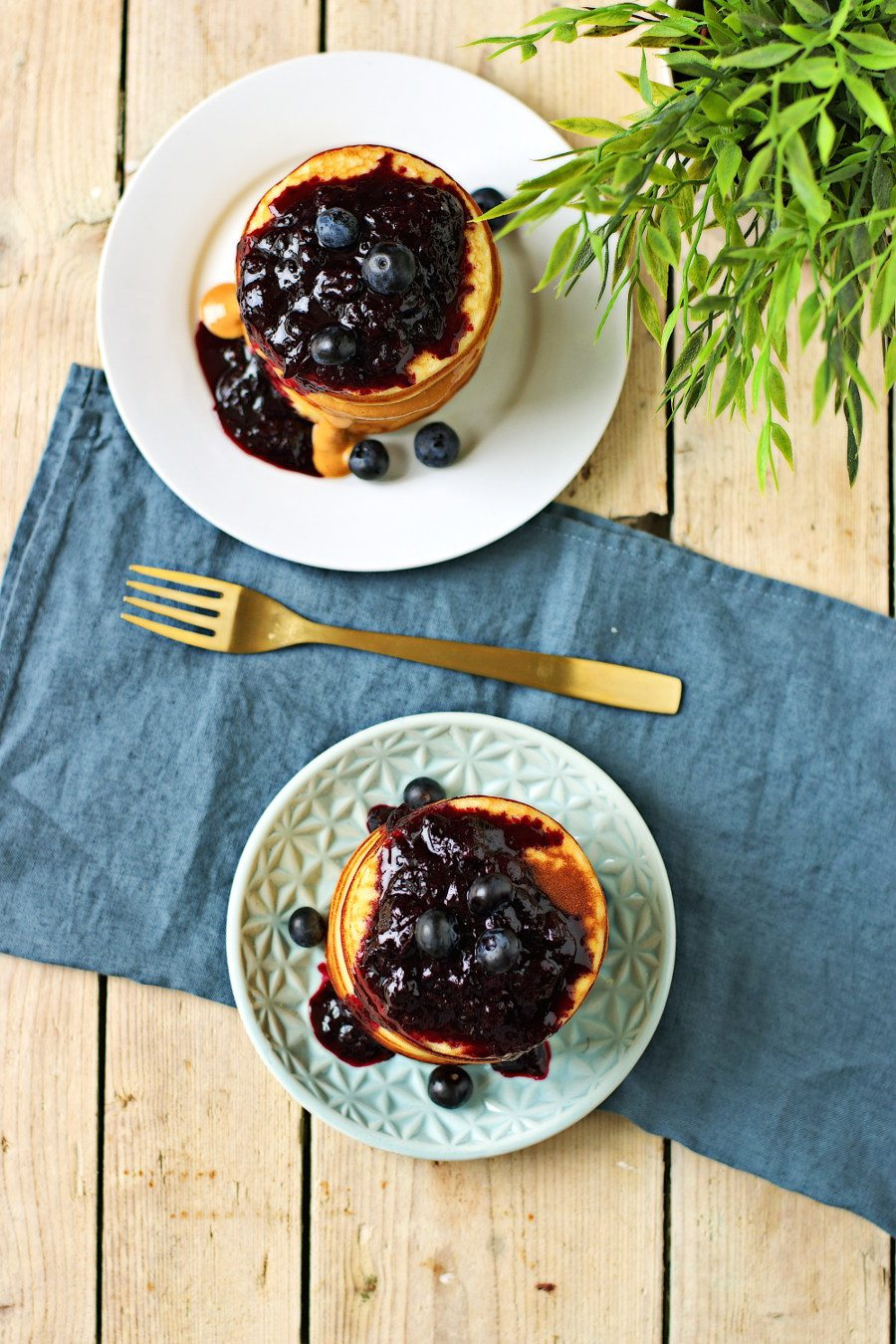 Vegan Pancakes #vegan #glutenfree www.contentednesscooking.com