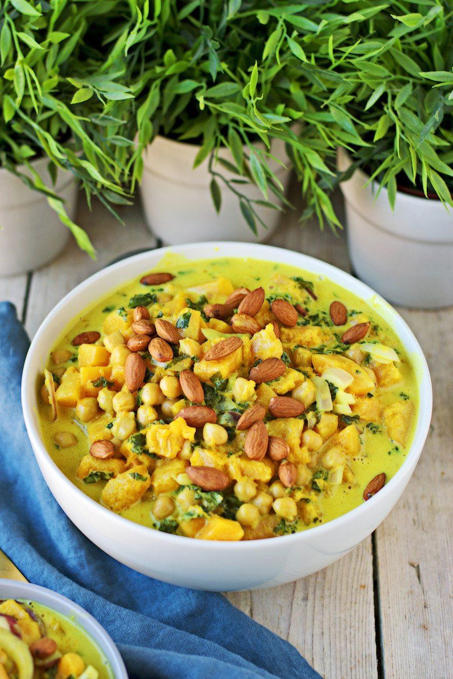 Butternut Squash Soup #vegan #glutenfree www.contentednesscooking.com