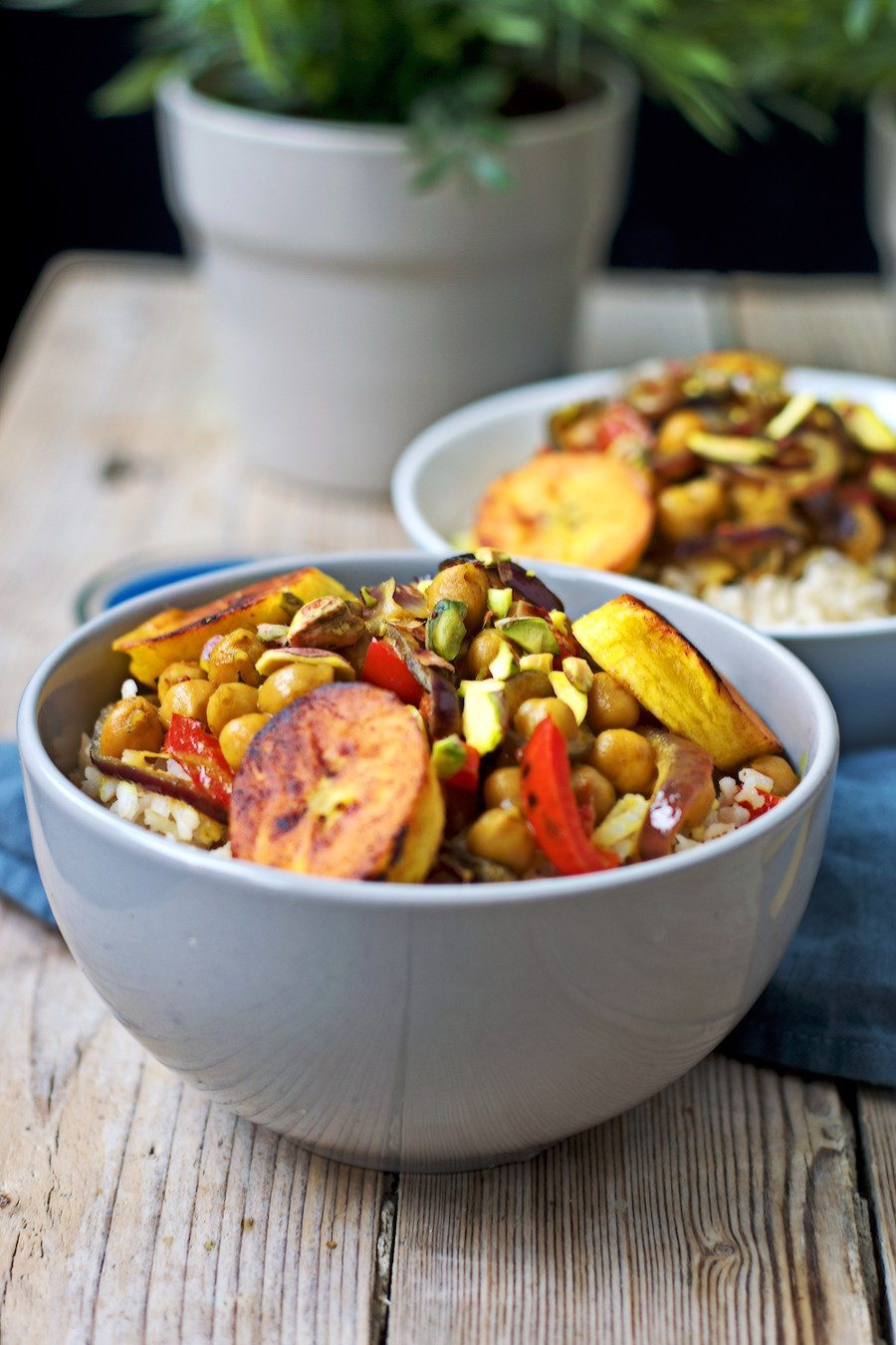 Vegetable Curry with Plantains #vegan #glutenfree www.contentednesscooking.com