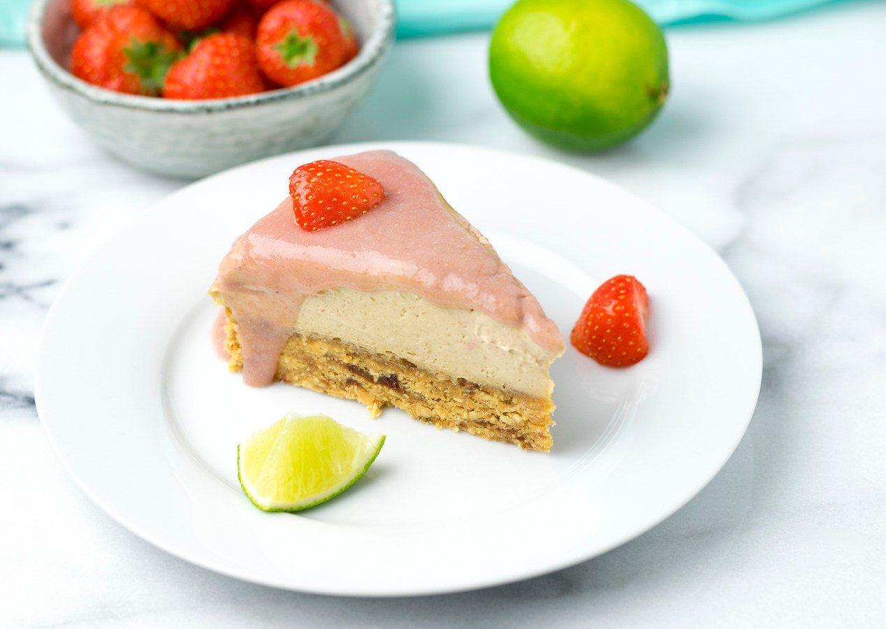 Raw Vegan Strawberry Peanut Butter Cheesecake | #vegan #glutenfree www.contentednesscooking.com