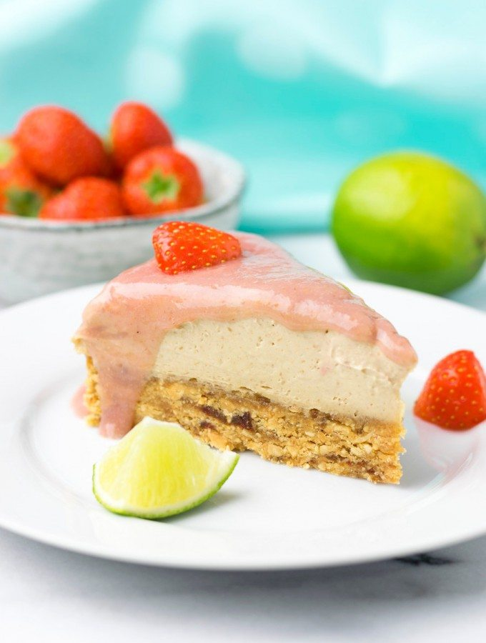 Raw Vegan Strawberry Peanut Butter Cheesecake | #vegan #glutenfree www.contentednesscooking.com