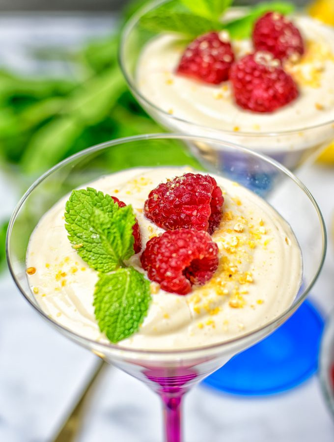 Lemon Cheesecake Mousse | #vegan #glutenfree www.contentednesscooking.com