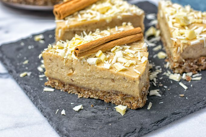 Cinnamon White Chocolate Cheesecake | #vegan #glutenfree www.contentednesscooking.com