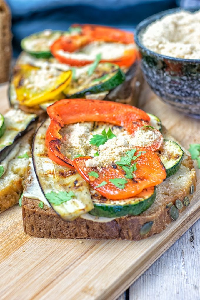 Hummus Homemade Bread | #vegan #glutenfree #easy #contentednesscooking