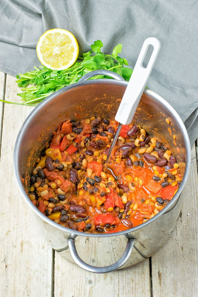 Lentil Three Bean Chili | #vegan #glutenfree #contentednesscooking