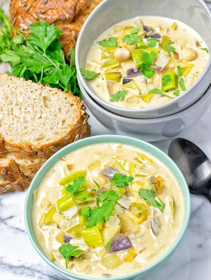 Vegan Cheese Leek Soup