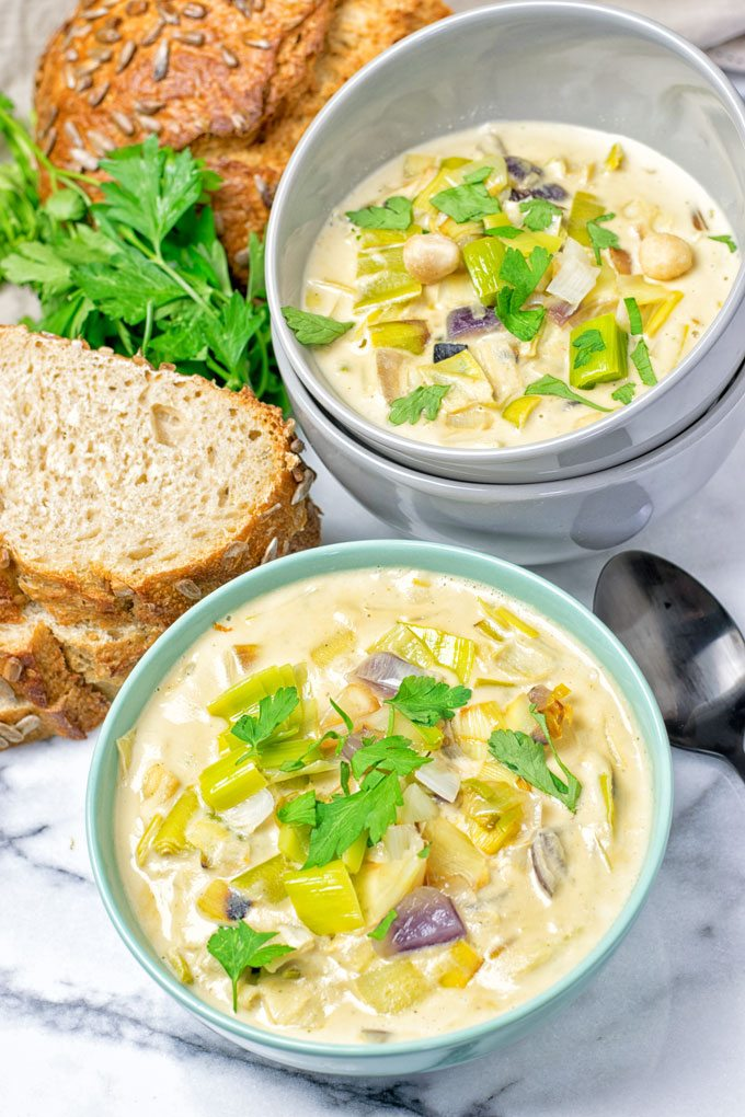 Vegan Cheese Leek Soup | #vegan #glutenfree #contentednesscoking