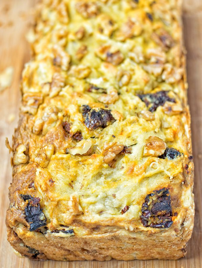 Sun Dried Tomato Garlic Bread