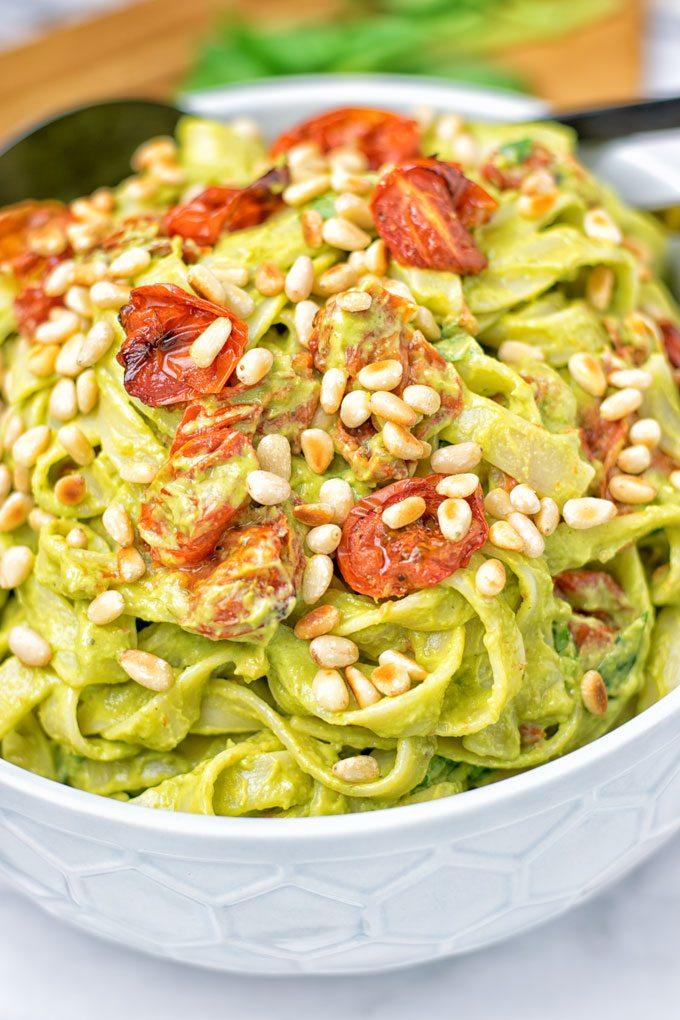 Avocado Pesto Pasta Sauce with Tagliatelle