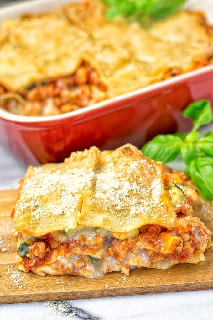 Creamy Carbonara Vegetarian Lasagna | #vegan #glutenfree #contentednesscooking #plantbased #dairyfree