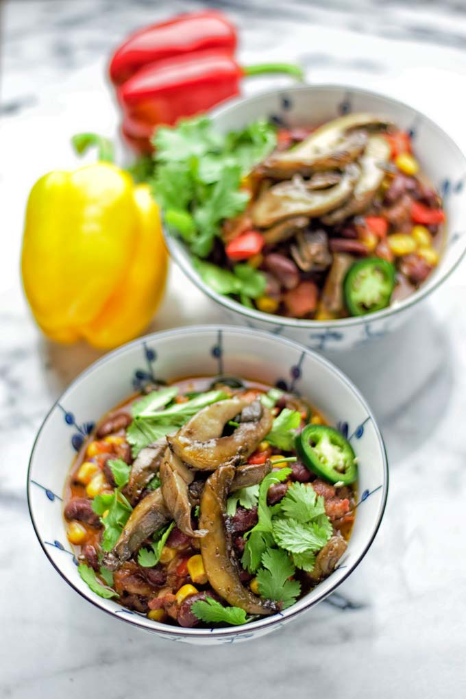 Vegan Steak Chili | #vegan #glutenfree #contentednesscooking