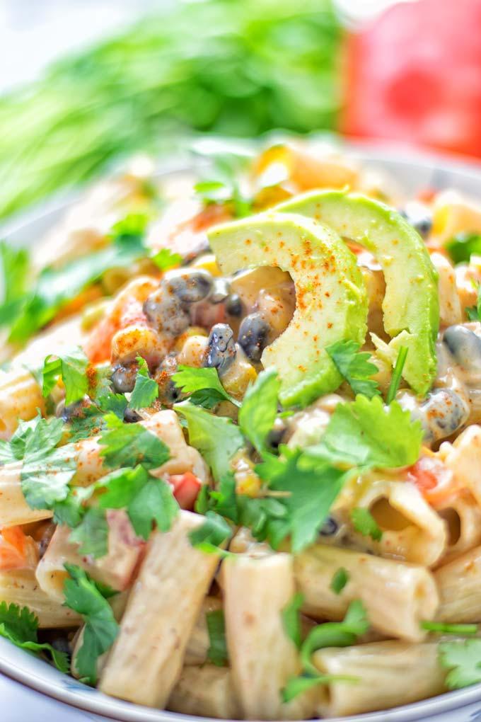 Southwest Pasta Salad with Spicy Garlic Dressing | #vegan #glutenfree #contentednesscooking #dairyfree #plantbased
