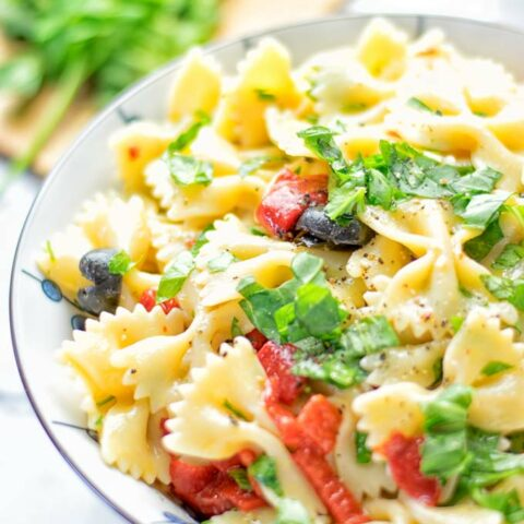 Lemon Herb Tuscan Pasta Salad | #vegan #glutenfree #contentednesscooking #pasta #plantbased #dairyfree #bbq #lunch #dinner #mealprep #easy