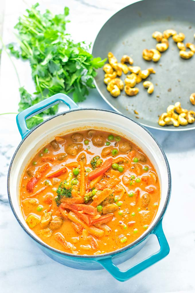Vegetable Panang Curry is an easy vegan and gluten free one pot dish. Totally amazing for lunch or dinner, and a perfect choice for meal prep. #vegan #plantbased #Indian #dairyfree #curry #panang #mealprep #lunch #dinner