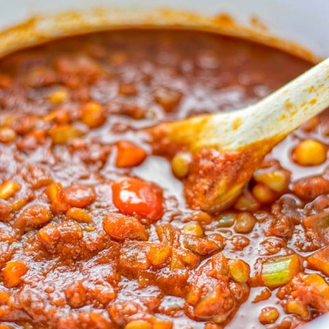This Chickpea Lentil Bolognese is naturally vegan, gluten free and so super easy to make in one pot. It's amazing over your favorite pasta for dinner, lunch, meal preparation or a great dairy free alternative for work lunch. #vegan #glutenfree #dairyfree #vegetarian #onepotmeals #dinner #lunch #mealprep #worklunchideas #chickpeas #lentils #chickpeabolognese #lentilbolognese