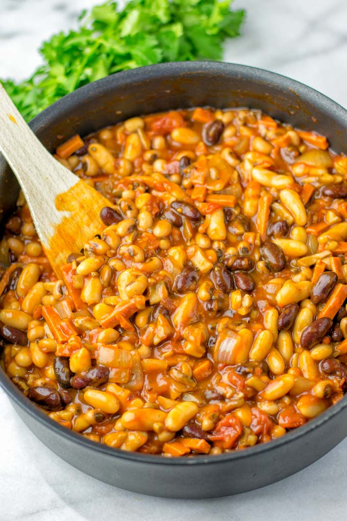 Three types of beans go into a single pot.
