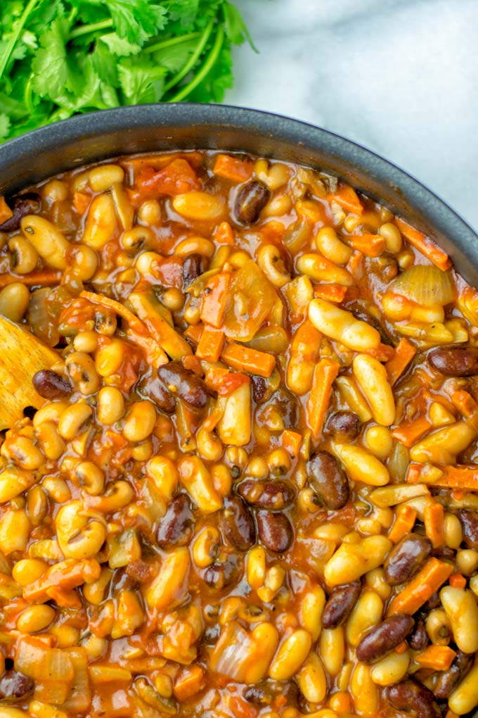 These Cowboy Beans are not only vegetarian but also vegan!