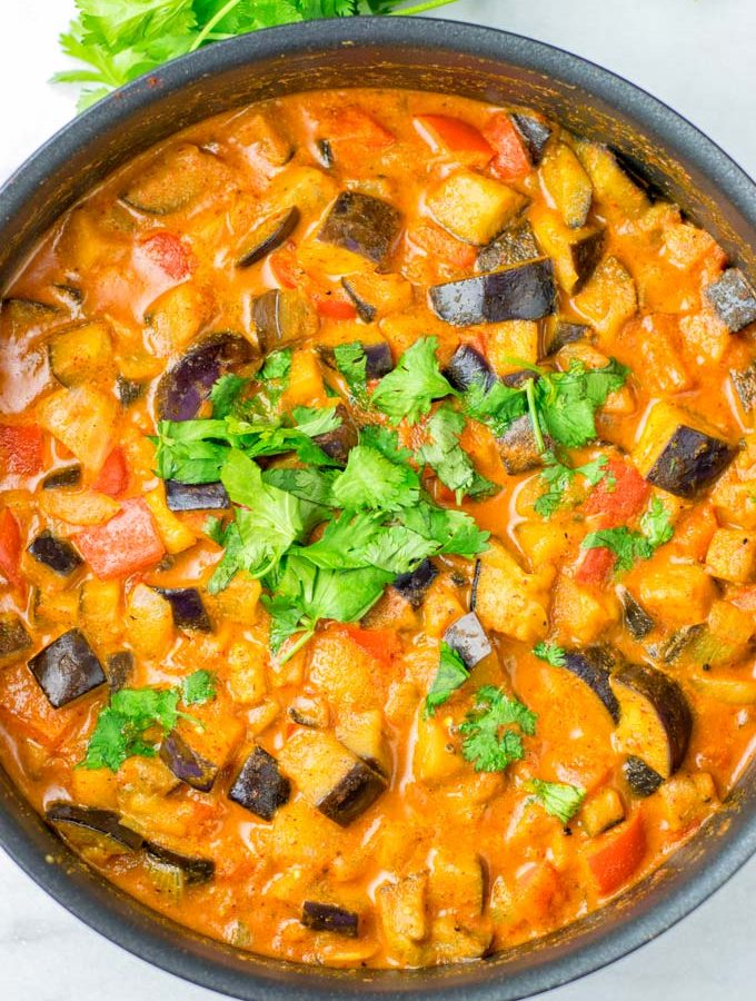 Only vegan ingredients are needed for this easy curry recipe.