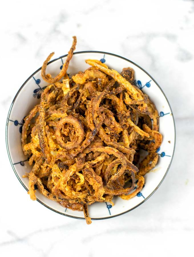 Bowl of the ready French Fried Onions.