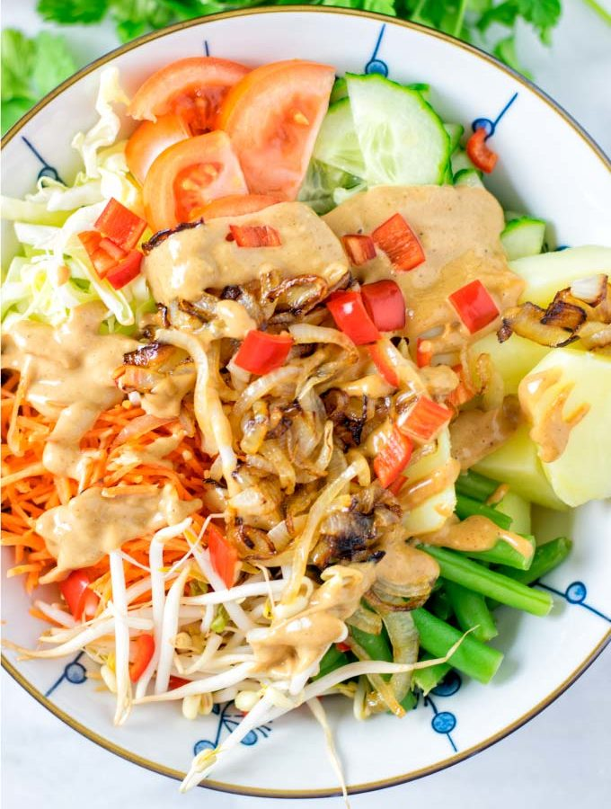 Top view on the vegan Gado Gado.