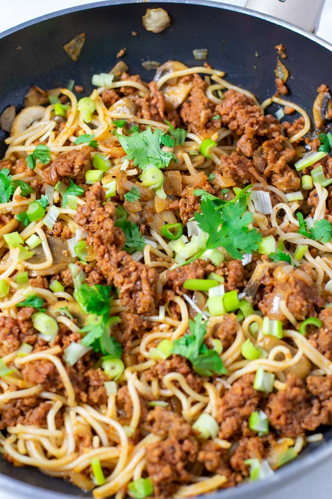 Close up view on the noodles with vegan ground beef crumbles.